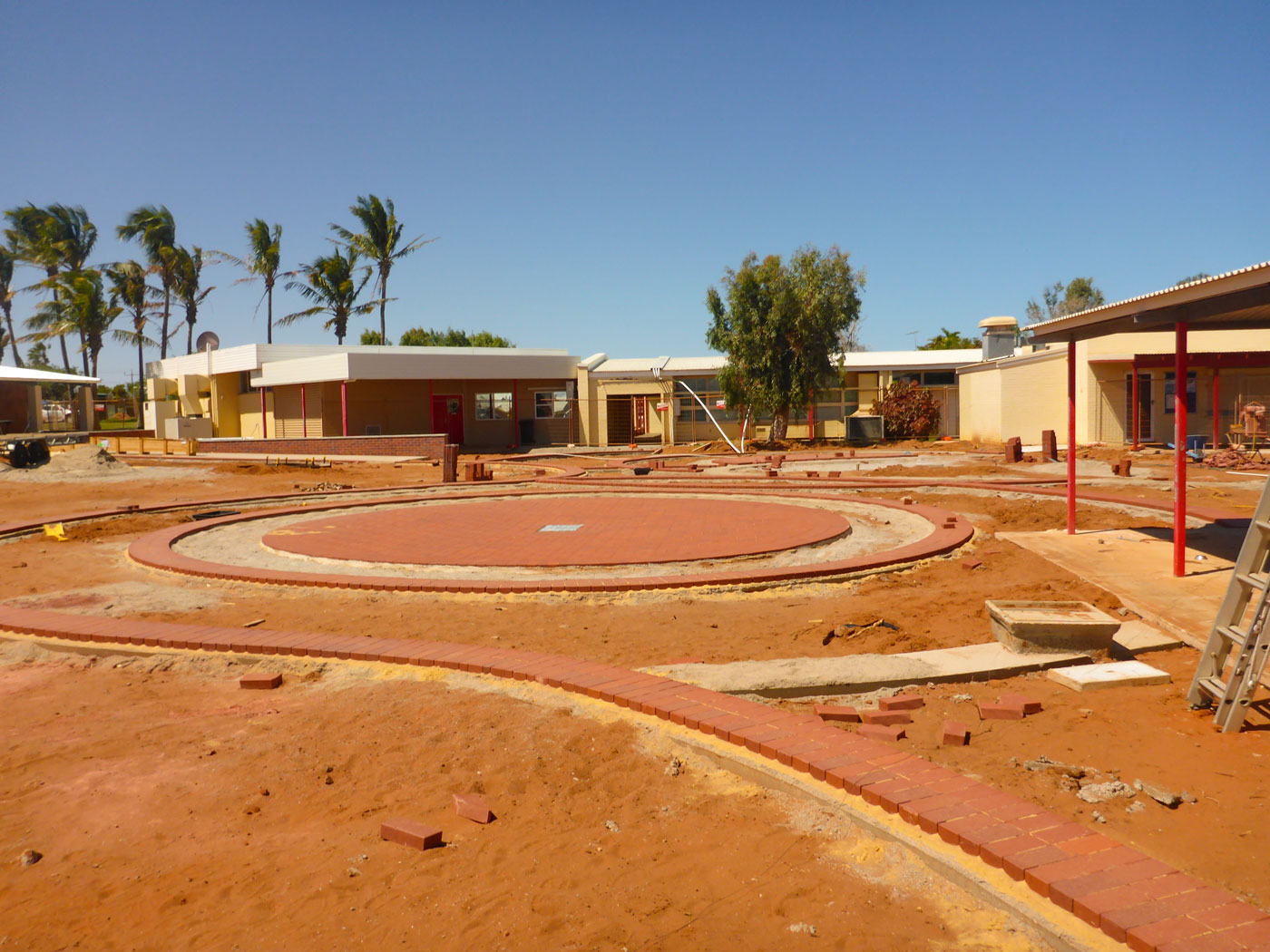 Carnarvon Community College - Stage 2 & 3 : Image 4