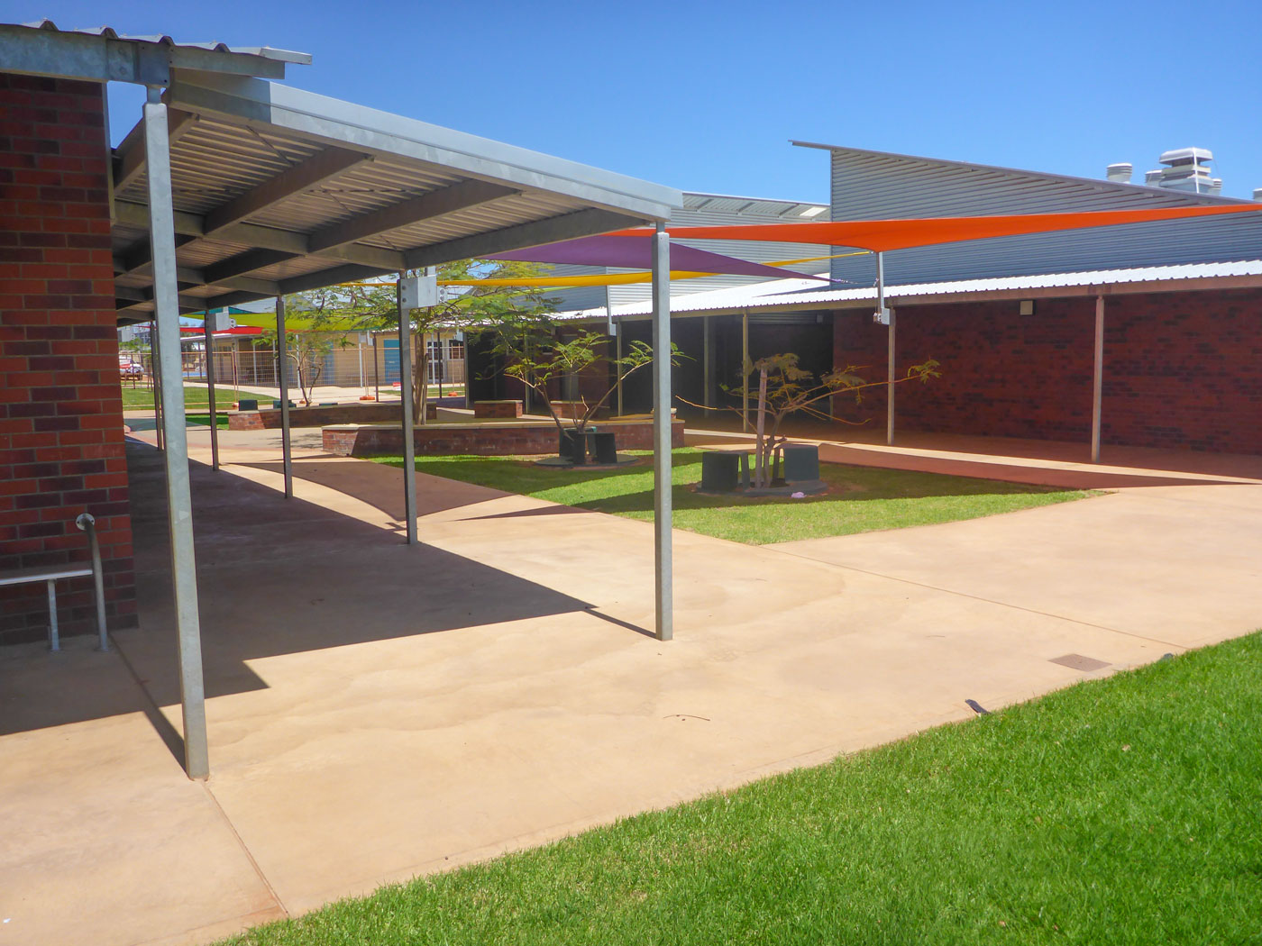 Carnarvon Community College - Stage 2 & 3