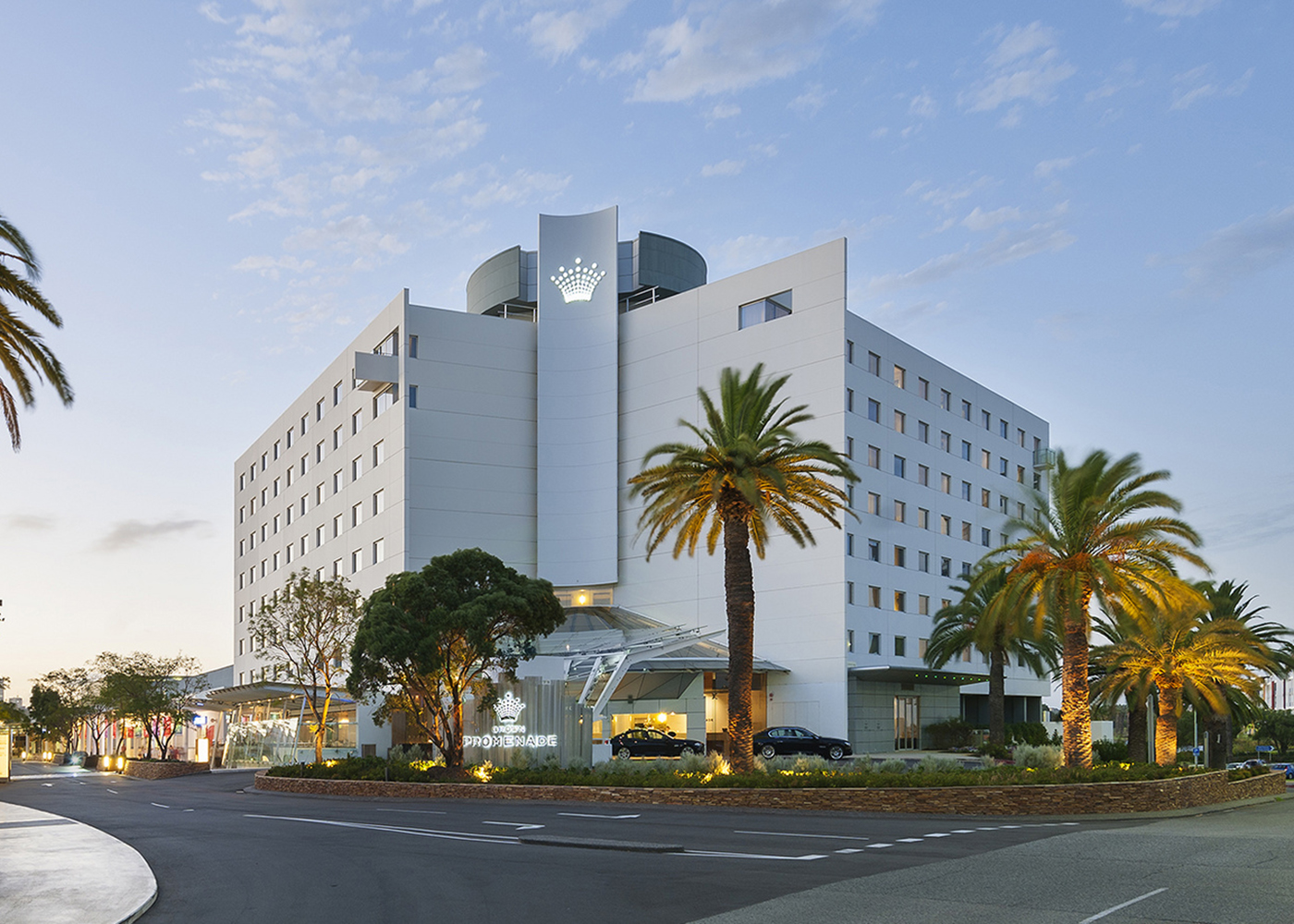 Crown Perth Promenade (formerly Holiday Inn Apartments ...